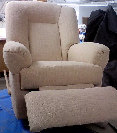 Polsterservice dienstleistungen f r gewerbetreibende und for Sessel mit stoffbezug liegesessel